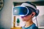Киевские школьники со смартфонов увидят уроки в 3D
