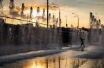 Сухой фонтан и световое шоу: на Демеевской площади открыли новое пространство