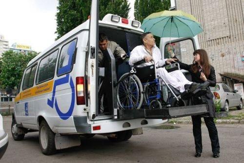 С сентября в Киеве могут запустить «социальное такси» для людей с инвалидностью