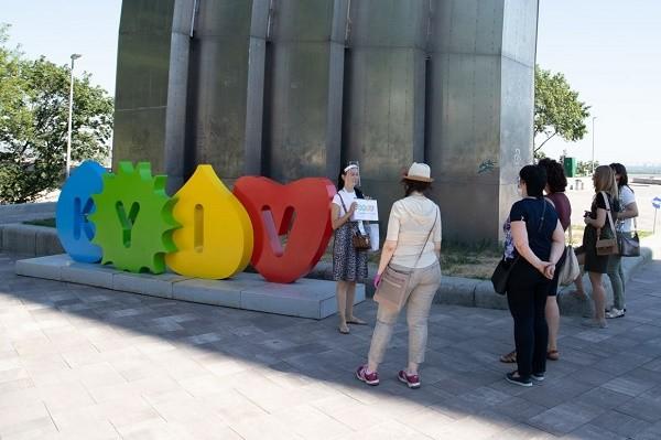 По центру Киева будут водить бесплатные экскурсии
