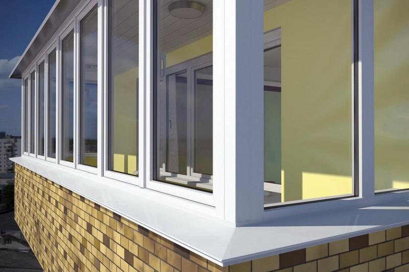 Как выбрать ПВХ окна для установки на балкон