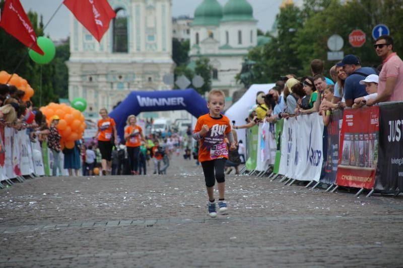 В Киеве пройдет благотворительный «Пробег под каштанами»