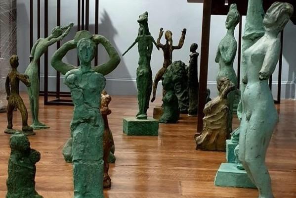 В Киеве показывают скульптуру и графику Александра Сухолита