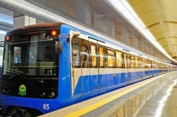 Столичный метрополитен целую неделю будет работать дольше
