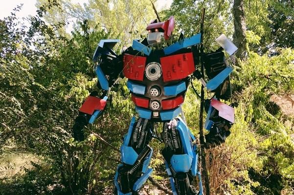 На ВДНХ открылся большой парк роботов