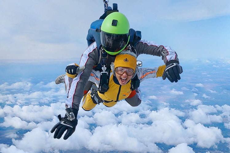 Тандем-прыжок с парашютом - что это, как проходит, где прыгнуть