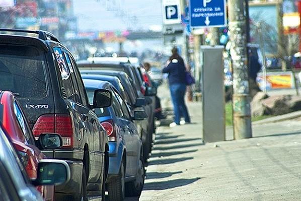 На время локдауна коммунальные парковки в Киеве будут бесплатными