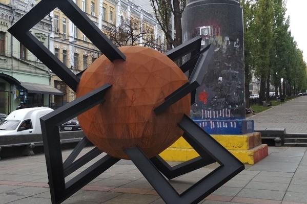 На бульваре Тараса Шевченко появилась новая скульптура