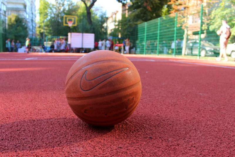 На Соломенке появилась новая локация для занятий баскетболом
