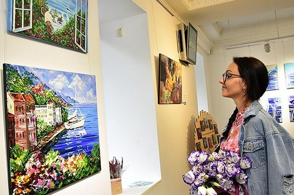 Киевлян приглашают на выставку работ художницы Ольги Мельниковой
