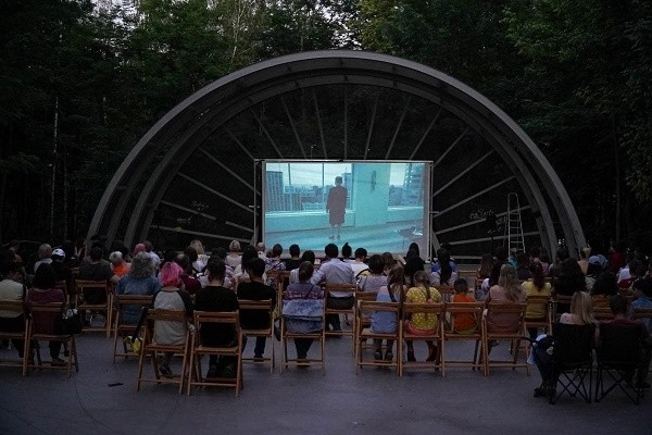 В Сирецком парке проведут кинофестиваль «Соседи»: программа