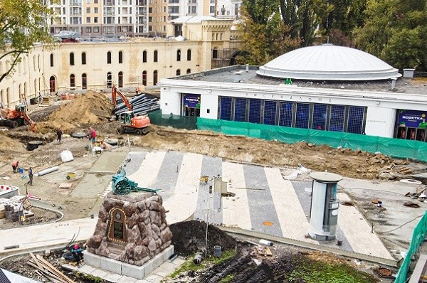 Сплошная зелень и «сухой» фонтан: на Арсенальной будет новая зона отдыха