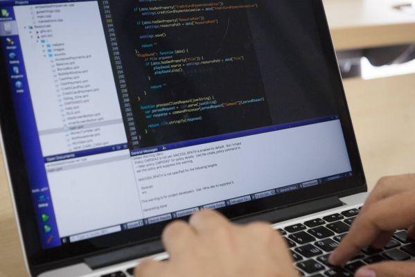 Безработных в Киеве бесплатно обучат программированию