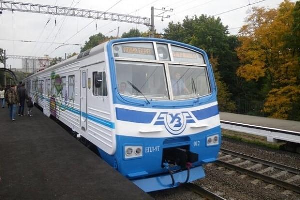 «Киевпастранс» назначил дополнительные рейсы городских электричек
