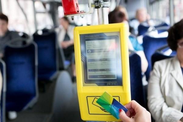 Столичные власти снова перенесли запуск е-билета в маршрутках города