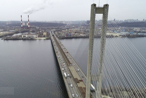 В Киеве открыли после ремонта Южный мост