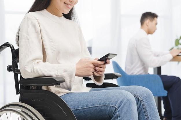 В Киеве планируют запустить «Персонального ассистента» для людей с инвалидностью