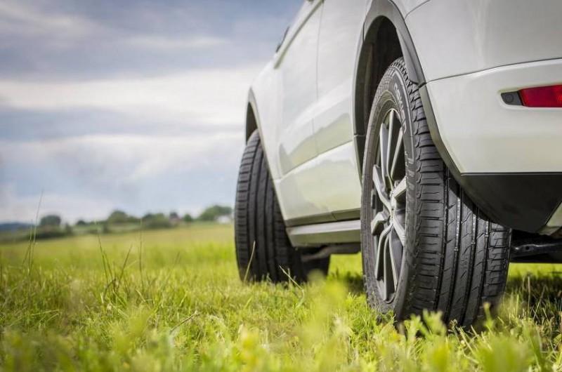 Покупаем летние шины: особенности выбора