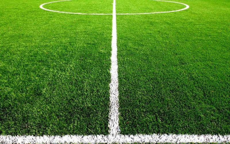 На Виноградаре открыли новое поле для футбола и гандбола