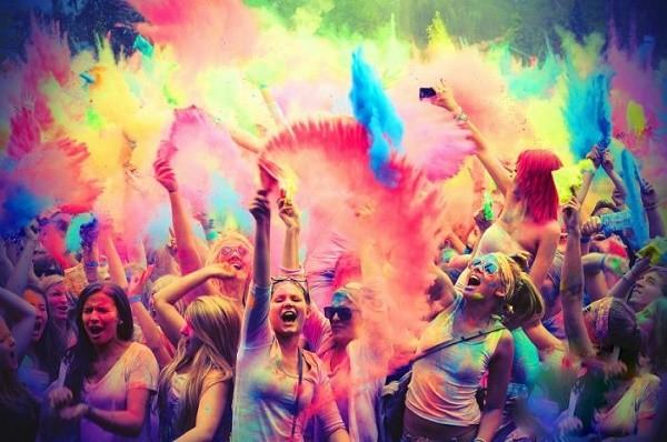На Южном Береге Киева пройдет индийский фестиваль красок Холи