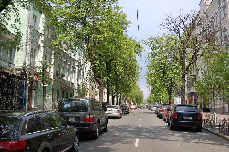 Одну из центральных улиц предлагают сделать пешеходной