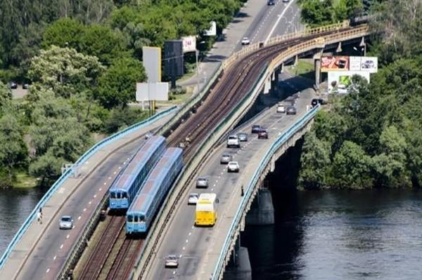 Мост Метро должны отремонтировать до 2022 года