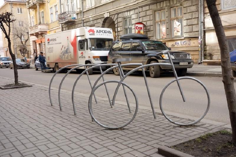В киевских заведениях создадут удобства для велосипедистов