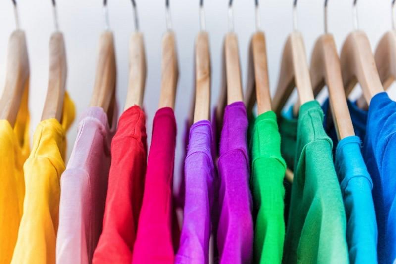 Краски для кожи и ткани: назначение и разновидности