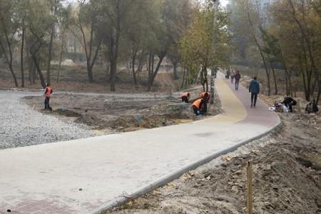 Вторую очередь капремонта парка «Троещина» завершат до 10 декабря