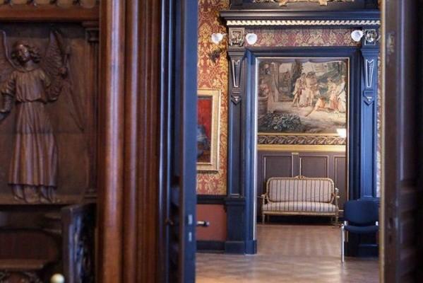 В музее Ханенко открылась выставка по случаю столетия учреждения