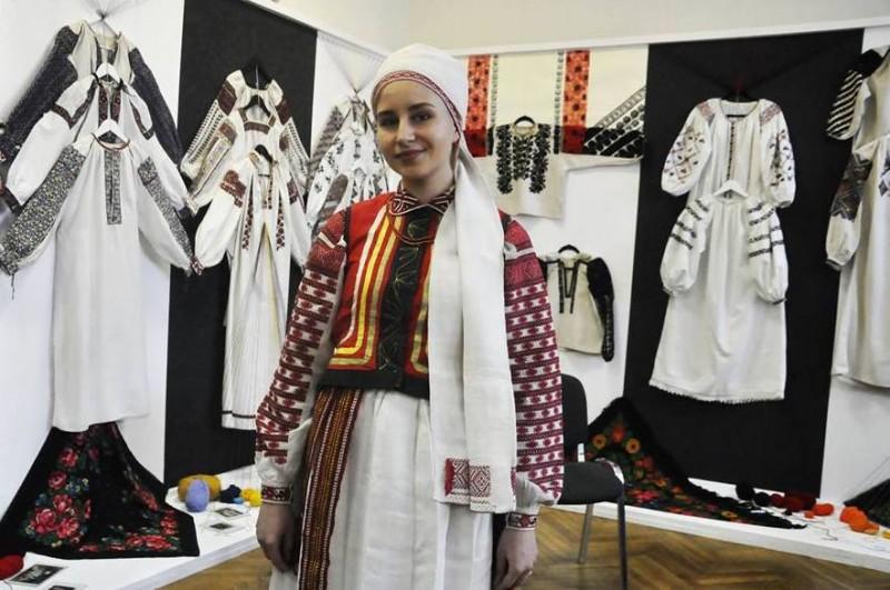 В Музее истории Украины проходит выставка старинных вышиванок