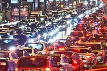 Киев вошел в ТОП-15 мирового рейтинга городских пробок