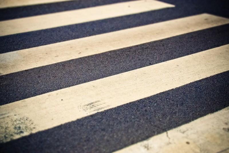 В Киеве заработали сенсорные пешеходные переходы