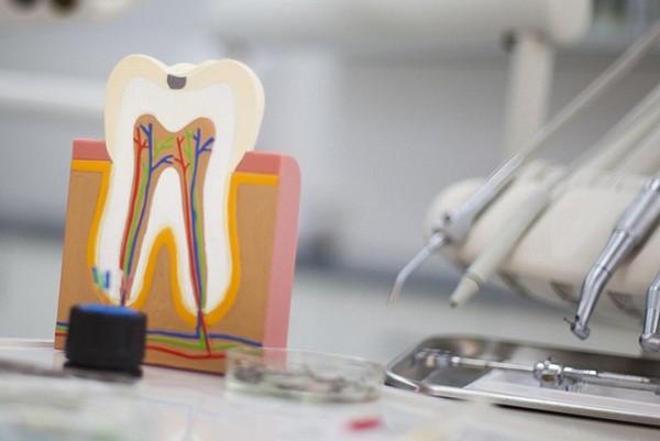 Киевляне временно не смогут попасть к стоматологу