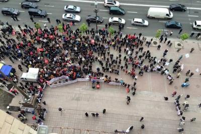 Под КГГА митингуют МАФовики: требуют разрешить продажу алкоголя в киосках