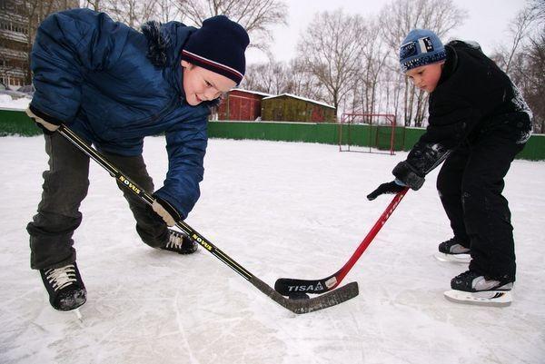 На Русановке появится хоккейная площадка