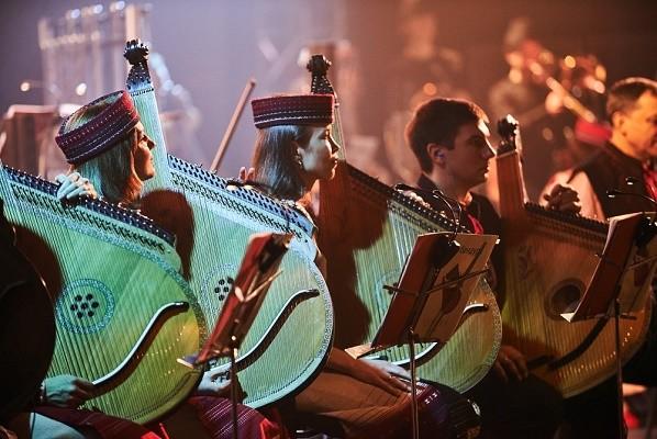 Киевлян приглашают в Украинской дом на этно-мюзик-фест
