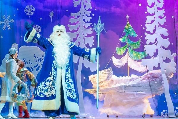 Киевские театры презентовали новогоднюю программу спектаклей