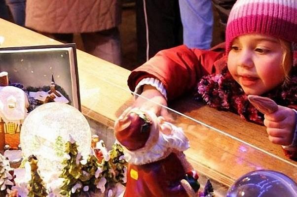 В Киеве откроют школу для помощников святого Николая