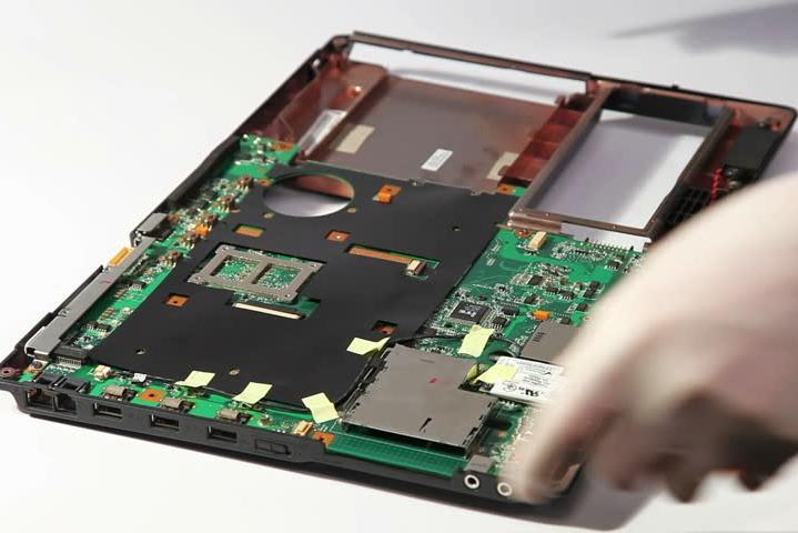 Ремонт ноутбуков от специалистов компании TotalService - гарантия качества