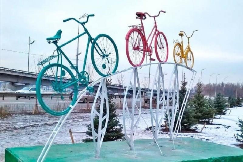 В Печерском районе открыли новый арт-объект