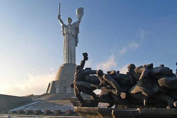 Музей истории Украины во ВМВ запустил регулярные экскурсии