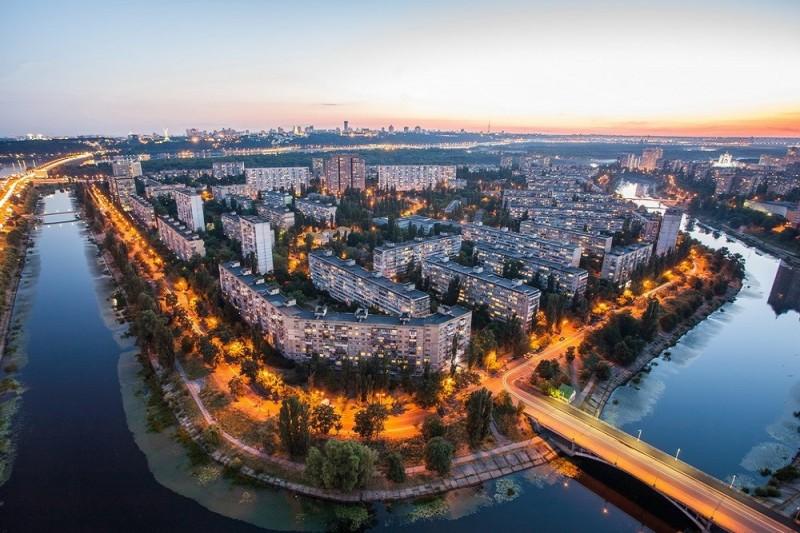 На Русановке откроют современный культурный центр