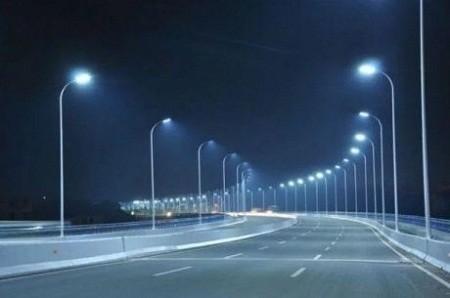 На улицах Киева собираются установить 250 «умных» фонарей