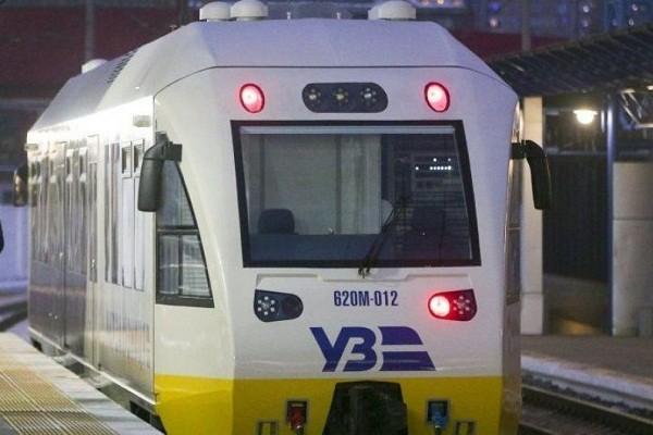 «Укрзалізниця» запустит ночной поезд из аэропорта «Борисполь»