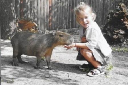 «Жизнь как она ЕСТЬ!»: в столице открылась фотовыставка людей и животных