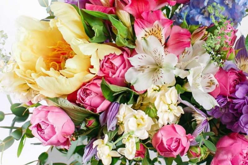 Как заказать цветы в другой город?