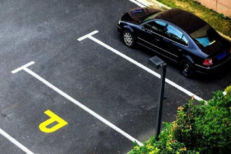 В Киеве запустили продажу парковочных талонов через Интернет