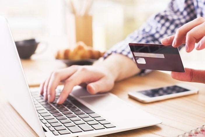 Где взять кредит онлайн на карту? ТОП-3 лучших сервисов