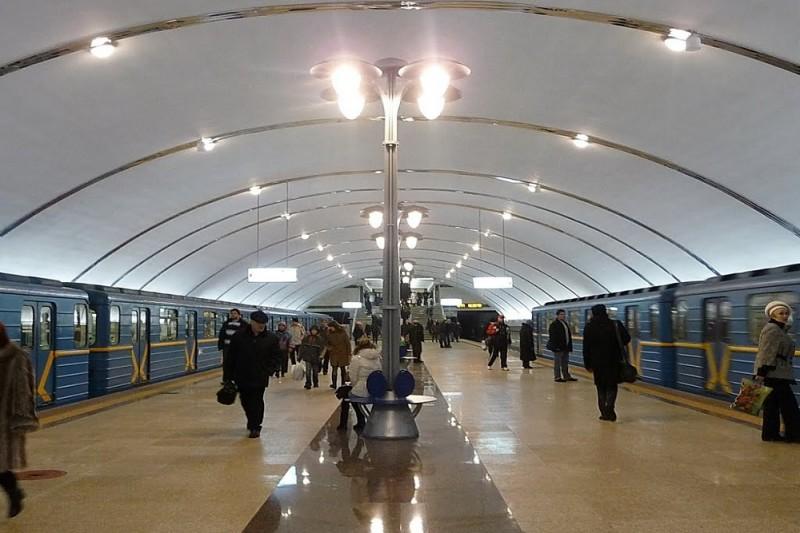 В Киеве обновили схему метро: через какую станцию пройдёт Kyiv Boryspil Express?